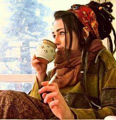 coffee, smokes & dreads