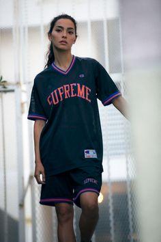 4a304fecac92dc 210 Best Supreme Clothing images