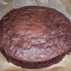 Französischer Schokoladenkuchen und 87.000 weitere Rezepte entdecken auf DasKochrezept.de Rocher Torte, Sweets, Cookies, Chocolate, Desserts, German Recipes, Food, Chocolate Pies, Sweet Recipes