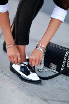 Black and white is so chic!