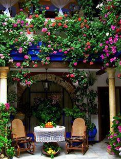 Patio furniture - Home and Garden Design Ideas Outdoor Rooms, Outdoor Gardens, Outdoor Living, Outdoor Decor, Courtyard Gardens, Indoor Garden, Dream Garden, Home And Garden, Purple Home