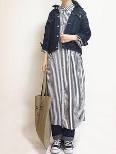 デニム×デニム Instagram → cho_co_roo Beams Boy, Bucket Bag, Duster Coat, How To Wear, Jackets, Outfits, Instagram, Style, Fashion