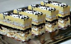arta culinara: Prăjitură cu foi albe si ciocolată.