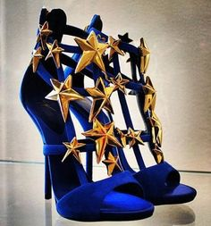 Seeing Stars Giuseppe Zanotti Shoes Would be so perfect for my Wonder Woman costume if I could commit to walking around in heels all night. High Heels Boots, Shoe Boots, Blue Heels, Blue Sandals, Shoes Heels, Cute Shoes, Me Too Shoes, Wonder Woman Shoes, Wonder Woman Clothes