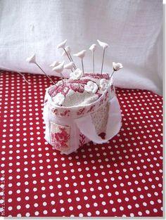 little handbag pincushion