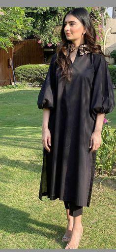 Pakistani Fashion Party Wear, Pakistani Fashion Casual, Indian Fashion Dresses, Indian Designer Outfits, Pakistani Outfits, Fashion Outfits, Muslim Fashion, Fancy Dress Design, Stylish Dress Designs