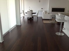 M&D CONSTRUCTION contemporary wood flooring