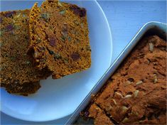 Trick your family into thinking they're getting a treat for Thanksgiving breakfast with this healthy 4-step pumpkin bread.
