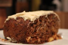 Carrot Cake - healthy version without butter, refined sugar or oil! Full of apple sauce, carrots, pineapple, nuts and seeds! And of course, the delicious cream cheese  icing Best Carrot Cake, Apple Sauce, Cream Cheese Icing, No Bake Cake, Tarts, Banana Bread, Pineapple, Seeds, Butter