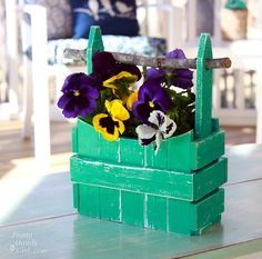 picket fence container http://www.prettyhandygirl.com/2013/05/picket-fence-planter-basket-lowes-creator-idea.html