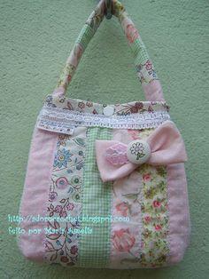 TUTORIAL - BOLSA PARA MENINAS Diaper Bag, Gym Bag, Sewing Projects, Cute, Crafts, Bags, Fashion, Toddler Busy Bags, Mini Backpack Purse