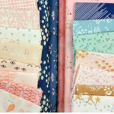 { C U S T O M }  mixing and matching fabrics for a quilt to welcome a February 2017 baby IN STORE   y e s s s s s if you're local (or don't mind a bit of a drive) I'll meet you at my favourite local fabric haven so we can roll around in gorgeous fabrics for an hour or so - I'll even bring the coffee  only a couple of custom places for 2017 remain in my etsy store - if you need a QUEEN or KING size like so many others do be in touch so i can set up a special listing and payment schedule to…