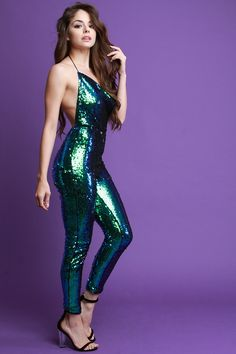 This jumpsuit features shiny sequins throughout, draped halter neckline with a self-tie design at nape, backless, taper cut legs, and a back zipper closure. Beautiful Girl Image, Gorgeous Women, Swagg Girl, Girl Fashion, Fashion Dresses, Backless Jumpsuit, Hot Dress, Mode Style, Stylish Girl