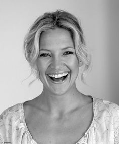 I imagine Esme to look a little like Kate Hudson. If Kate Hudson was a normal, slightly unkempt, person, of course!