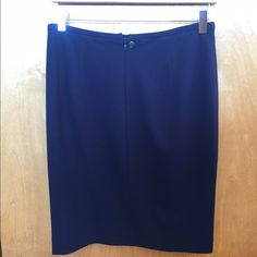 New, Unworn Hugo Boss Skirt Above the knee skirt Hugo Boss Skirts Pencil