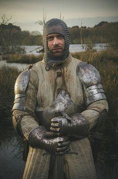 Medieval Chevalier by Julien Danielo Medieval Life, Medieval Knight, Medieval Armor, Medieval Fantasy, Arm Armor, Body Armor, Fantasy Armor, Dark Fantasy, Les Runes