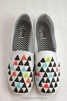 estampa+tu+propia+ropa+geometric+patterned+stamped+shoes+tutorial.jpg (600×900)