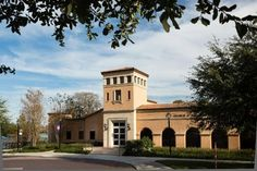 1. Cornell Fine Arts Museum The Cornell Fine Arts Museum is home to several historical works and guests can see the exhibits free of charge. The museum is closed on Sundays. Address: Building No. 303, 1000 Holt Ave., Winter Park, FL 32789