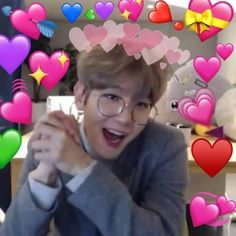 Find images and videos about exo, baekhyun and chanyeol on We Heart It - the app to get lost in what you love. Chanyeol, Memes Funny Faces, Cute Memes, Chanbaek, Wattpad, Memes Exo, Heart Meme, Reaction Face, Memes In Real Life