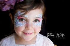 Mum's Flower Face Painting - Daizy Design