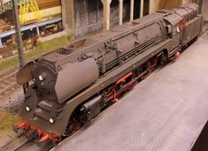 Signs of wear - Scale Models Scale Mail, Ho Scale, Scale Tattoo, Old Trains, Steam Engine, Model Trains, Scale Models, Engineering, Hobbies