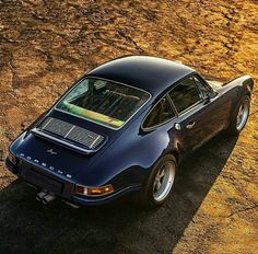 The Porsche 911 is a truly a race car you can drive on the street. It's distinctive Porsche styling is backed up by incredible race car performance. Porsche 911 Targa, Porsche 911 Singer, Porsche Cars, Singer 911, Porsche Carrera, Porsche Classic, Classic Cars, Vintage Porsche, Vintage Cars