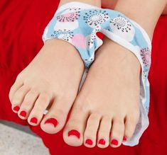 Sexy Nails, Sexy Toes, Toe Nails, Cute Toes, Pretty Toes, Foot Pedicure, Painted Toes, Foot Pics, Foot Toe