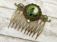 Gothic hair comb with Raven in green bronze, Halloween hair accessories, hair comb bird,  girls hair jewelry, night, moon, gift for her - pinned by pin4etsy.com