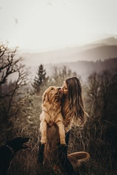 Photos with your Dog Cute Photos, Dog Photos, Puppy Pictures, Fall Pictures, Human Photography, Animal Photography, Shooting Photo, Girl And Dog, Outdoor Dog