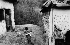 CZECHOSLOVAKIA. Slovakia. Spisske Bystre.1966. Gypsies.