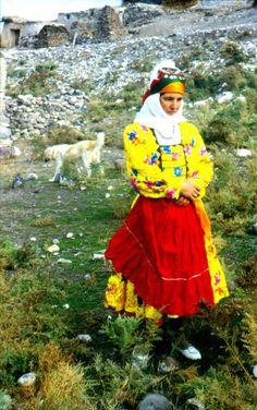 Li Serhedê jineke Kurd (Agirî - Îdir)