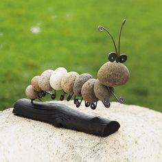 Rock Caterpillar... I bet I can make one of these.