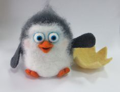 Penguin. Neddle Felted Penguin. Neddle Felted Animal. Miniature. Felt Penguin…