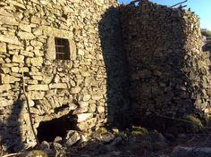 Casa de piedra, rehabilitación molino en Gredos. www.gredosesmas.com