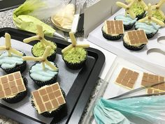 Project finance in the form of a dozen cupcakes    onshore wind farms (green tea) offshore wind farms (sea salt) solar farms (peanut butter) #renewableenergy #bakersofsg #bakersofig #cupcakes #matchacafe #peanutbutter #seasalt #icing #chocolate #temperingchocolate