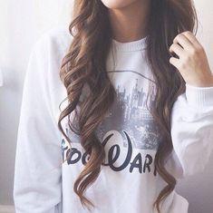 Image via We Heart It https://weheartit.com/entry/165098356 #fashion #hair #harrypotter #hogwarts #style #sweater #crulls