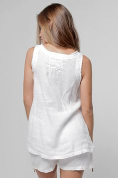Walk along a quiet dock under a romantic sunset in this linen pleated tank. Designed with a pleated front and frayed trims for a playful touch, it offers a Sewing Clothes, Diy Clothes, Cardigan Shirt, Linen Trousers, Italian Style, Top Pattern, White Shop, Summer Outfits, Feminine