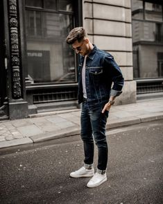 "3,814 Likes, 162 Comments - André | Berlin (@tommeezjerry) on Instagram: ""Long time no #denimlook // How do you like it guys? Really like the fit of my complete Look by…"""