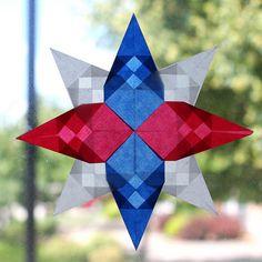 Fourth of July Waldorf window star (checkered pattern) tutorial