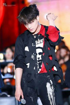 ImageFind images and videos about kpop, exo and baekhyun on We Heart It - the app to get lost in what you love. Baekhyun Chanyeol, Kaisoo, Kai Monster, Kim Kai, Kim Jong Dae, Rapper, K Wallpaper, Kim Minseok, Xiuchen