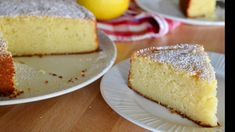 This recipe for Italian Lemon Ricotta Cake is the best out there! Light, fluffy, and full of flavor, it is the perfect Italian dessert. Easy and simple recipe made with ricotta cheese and lemon. Dessert Ricotta, Lemon Ricotta Cake, Italian Desserts, Easy Desserts, Italian Recipes, Italian Entrees, Food Cakes, Cupcake Cakes, Cupcakes