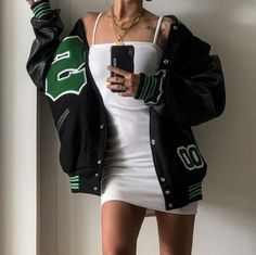 Tomboy Fashion, Teen Fashion Outfits, Mode Outfits, Retro Outfits, Look Fashion, Streetwear Fashion, Swaggy Outfits, Cute Casual Outfits, Stylish Outfits