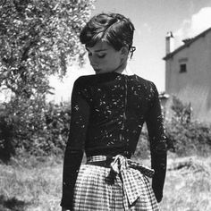 So pretty Audrey Hepburn is definitely one of my style icons along with Taylor swift and my sister grace