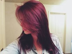 Hair color- box dye from cvs! Box Hair Dye, Box Dye, Dyed Hair, Pelo Color Borgoña, Burgundy Brown Hair, Red Hair Color, Hair Colors, Color Box, Pretty Hairstyles