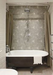 Interesting Tile Pattern With Free Standing Tub And Rectangular Shower Curtain Rod