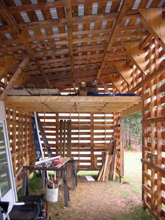 A pallet barn, made with--of course--pallets. What a great idea for making an inexpensive, sturdy shelter and hay loft.