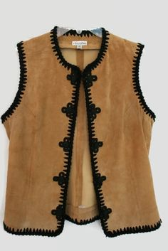 Men fashion casual 385409680614054345 - fashion is Back Etosha Suede Vest color Cognac tan Source by celikdalmis Fashion Casual, 70s Fashion, Fashion Outfits, Womens Fashion, Ropa Shabby Chic, Dress Outfits, Casual Outfits, Casual Jeans, Clothes For Women Over 50