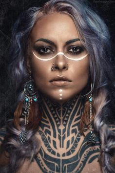 Drawn warrior tribal woman - pin to your gallery. Explore what was found for the drawn warrior tribal woman Cara Tribal, Tribal Makeup, Tattoo Hals, War Paint, Costume Makeup, Henna, Body Art, Halloween Face Makeup, Hipster