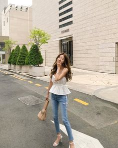Source by laxasarah outfits korean summer Korean Summer Outfits, Korean Fashion Summer, Korean Fashion Trends, Korean Street Fashion, Korea Fashion, Asian Fashion, Look Fashion, Girl Fashion, Fashion Outfits