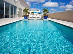 Fort Myers (FL) Hotel Indigo Fort Myers Downtown River District United States, North America Stop at Hotel Indigo Fort Myers Downtown River District to discover the wonders of Fort Myers (FL). The hotel offers a wide range of amenities and perks to ensure you have a great time. Free Wi-Fi in all rooms, 24-hour front desk, facilities for disabled guests, valet parking, room service are just some of the facilities on offer. Designed for comfort, selected guestrooms offer televis...